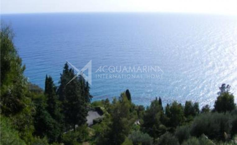 Liguria-Ventimiglia 3 rooms Seaside<br />1/5