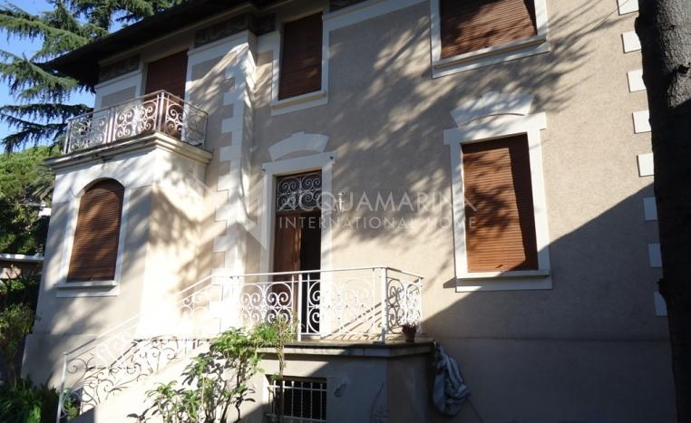 San remo Villa d'epoca In Vendita<br />1/15