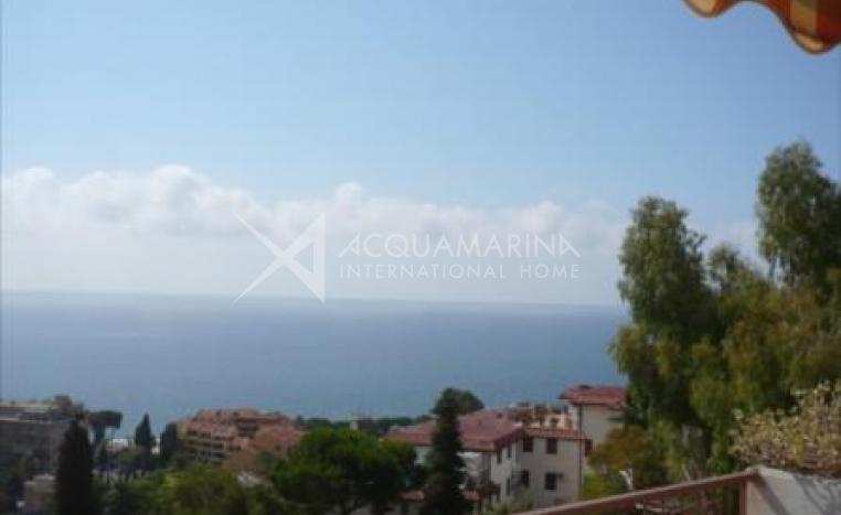 San Remo Apartment for Sale with Seaside<br />1/5