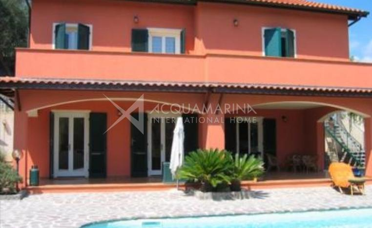Diano Marina Villa For Sale<br />1/8
