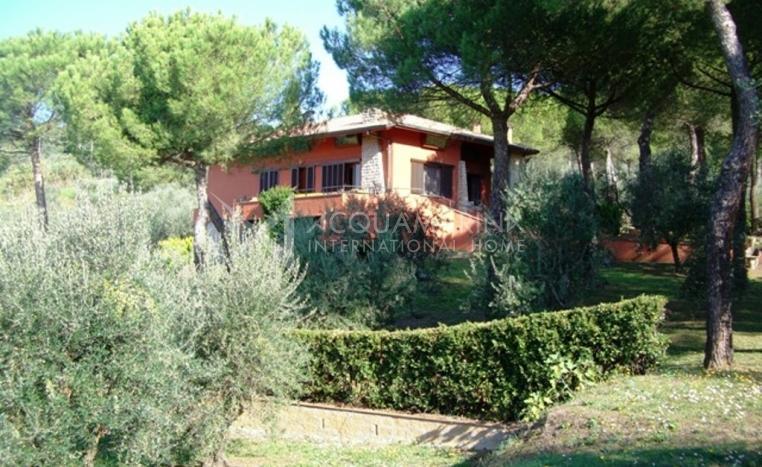 Monsummano Terme Villa For Sale<br />1/10