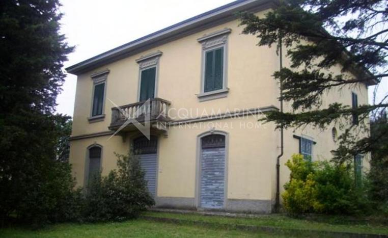 Arezzo Villa in Vendita<br />1/3
