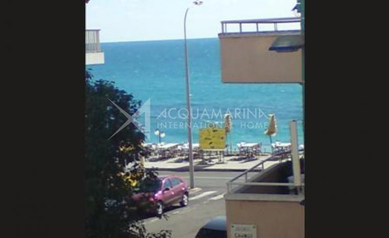 Mentone,Appartment sea view for sale<br />1/3