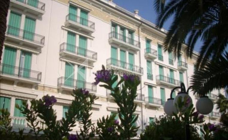 Bordighera Luxury Apartment 3 rooms for sale<br />1/8