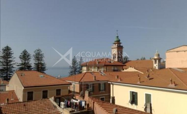 Bordighera two bedrooms for sale<br />1/6