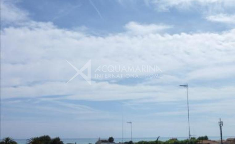 Vallecrosia Appartment seaview for sale <br />1/7