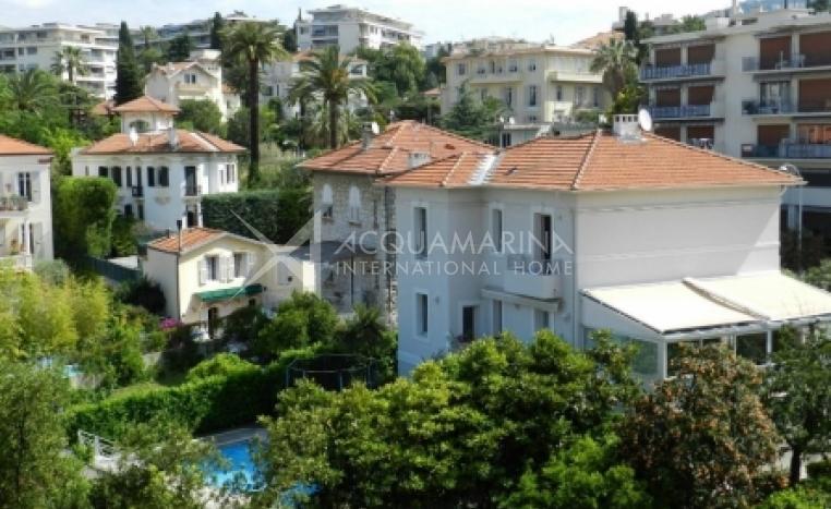 Villa in vendita a Nizza Cimiez<br />1/4