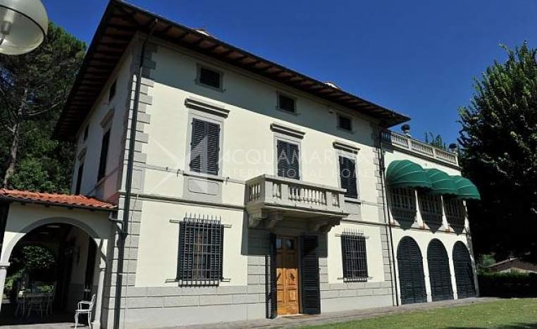 Villa a pisa villa in vendita a pisa vendita ville a for Casa in stile vittoriano in vendita