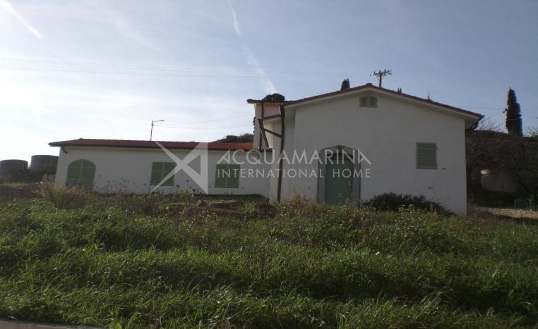 New villa for sale in San Remo<br />1/8