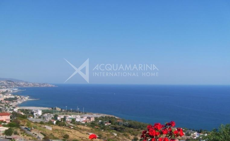 Villa with amazing sea views in San Remo<br />1/13