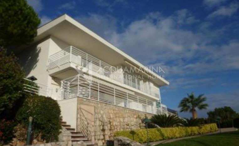 Cap d'Ail Luxury Villa for rent<br />1/7