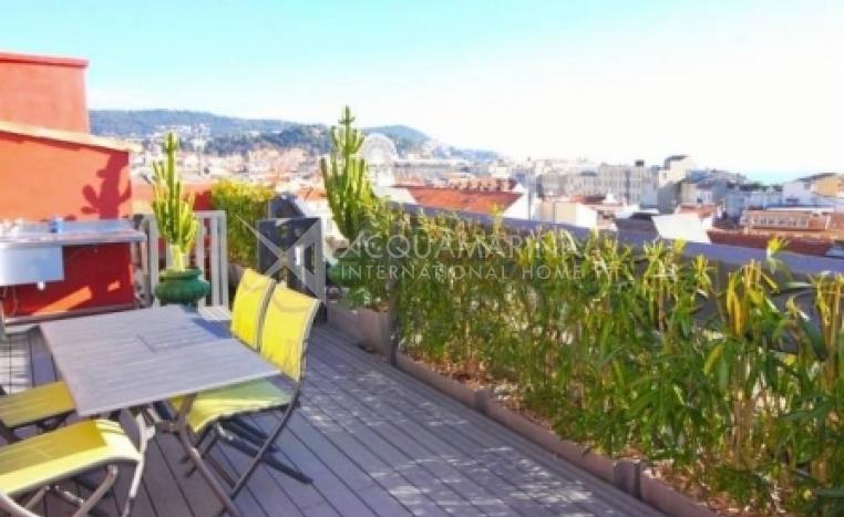 Appartamento in vendita a nizza appartamento di lusso a for Agenzia immobiliare lusso