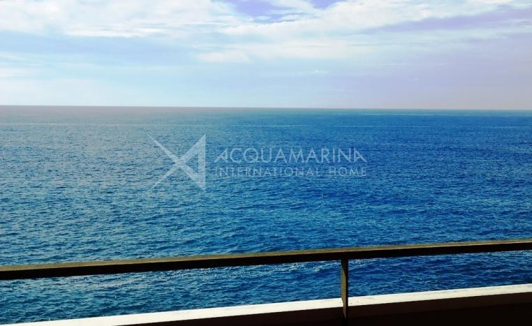 Sanremo Appartement en front de mer en vente <br />1/15