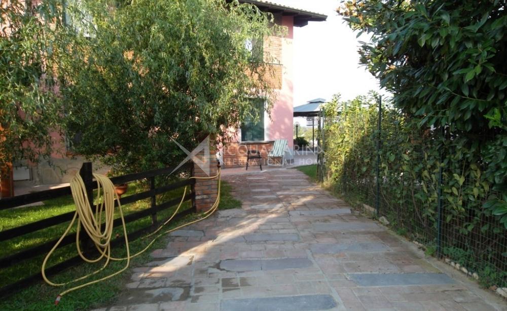 Villa Castel San Giovanni Con Parco Vendita