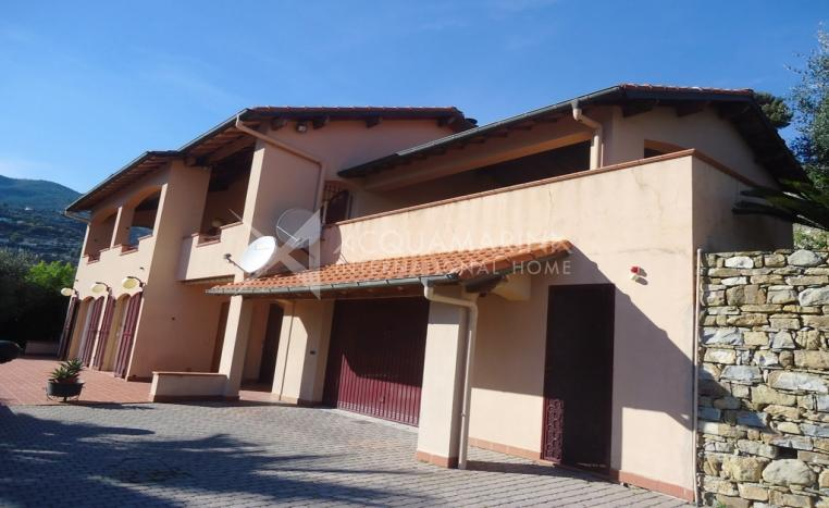 Sanremo vendita villa a soli 2km dal centro scheda for Piani di garage distaccati viventi del sud