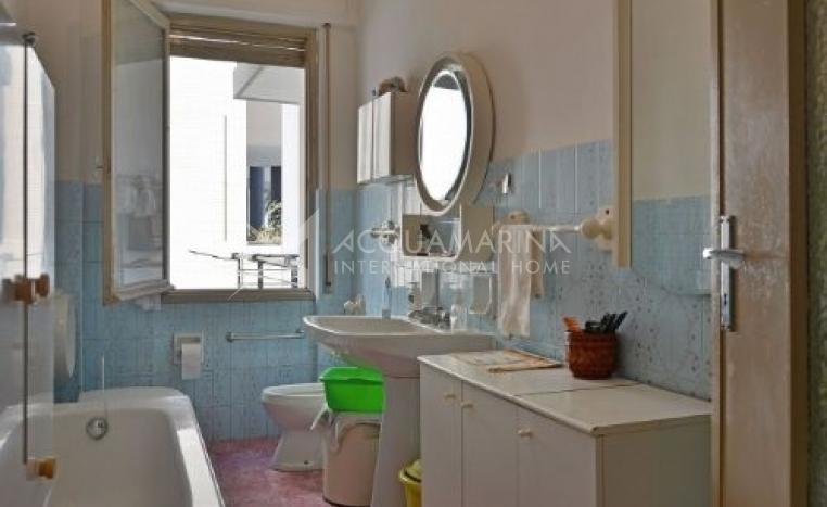 Sanremo appartamento centrale in vendita comprare for Comprare appartamento